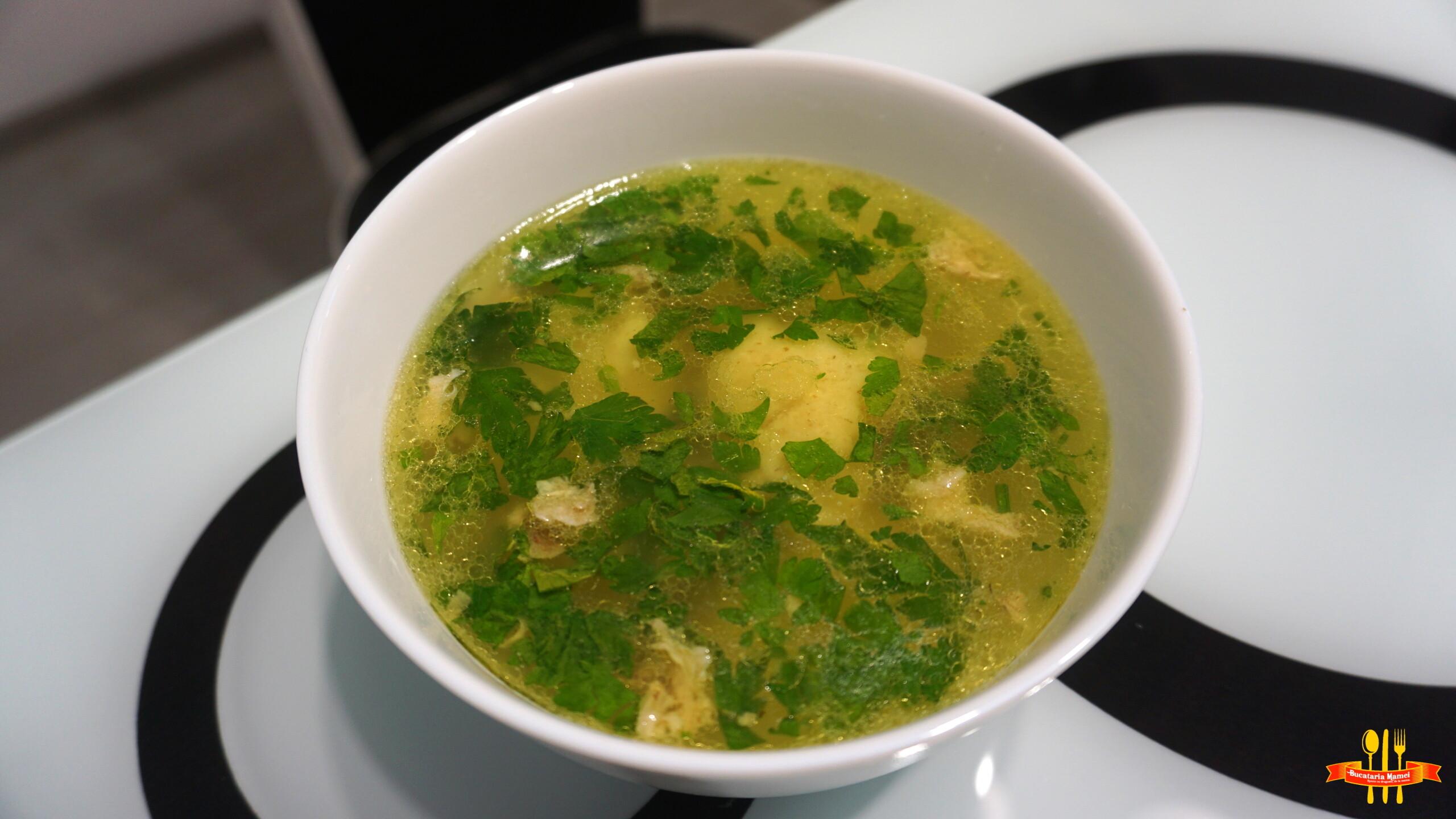 Supă de Pui cu Găluște