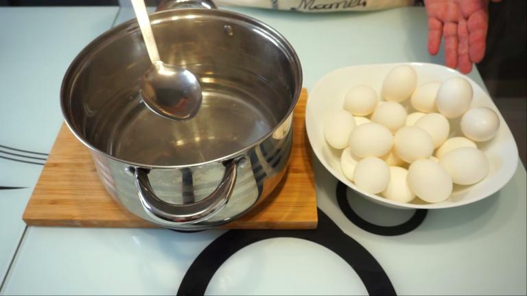 1 - Ouă Vopsite pentru Paște
